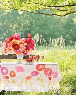 Summery tableBaby Shower Theme, Block Prints, Summer Parties, Outdoor Parties, Poppies, Outdoor Tables, Parties Tables, Gardens Parties, Flower