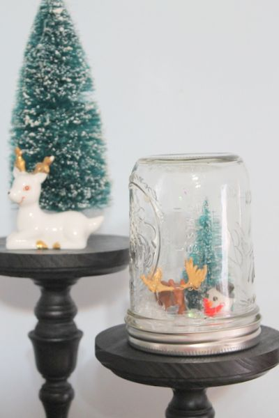 Waterless homemade snow globes