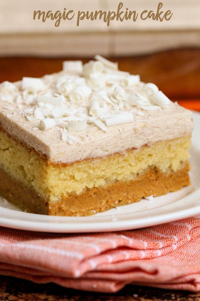 receta deliciosa torta de calabaza mágica.  Una mezcla de puré de calabaza en la…