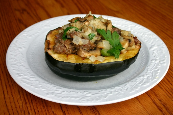 Acorn squash, Stuffed acorn squash and Squashes on Pinterest