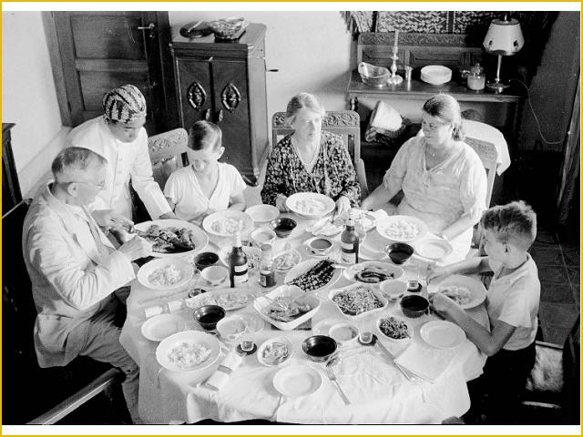 Rijsttafel dining   Bandung, 1936