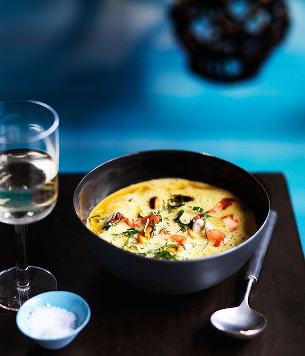 CREMA DE MEJILLONES CON ALBAHACA Y AZAFRAN (Mussel broth scented with basil and saffron) #RecetasConMejillones