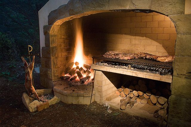 Argentine Style BBQ by the confluence project, via Flickr