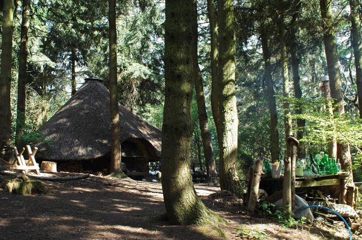 A Peek Into Tinkers Bubble – England's Oldest Off-Grid Community