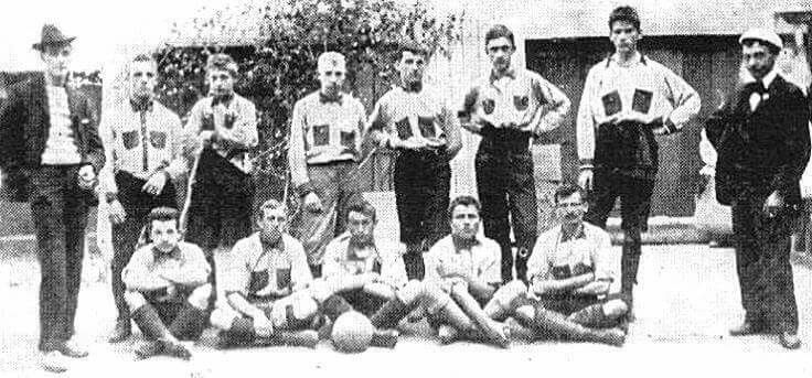 """Rapid Vienna Squad 1898 i think its the oldest Picture from a Rapid Squad! At this time Rapid was called the """"1.Wiener Arbeiter Sportclub"""" and played in red-blue. In 1899 the old club changed the Name into Rapid and 5 years later the Team colours were changed into green-white."""