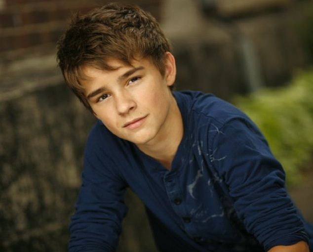 Dylan Everett - I absolutely adore this actor! Maybe he could be a young Liam