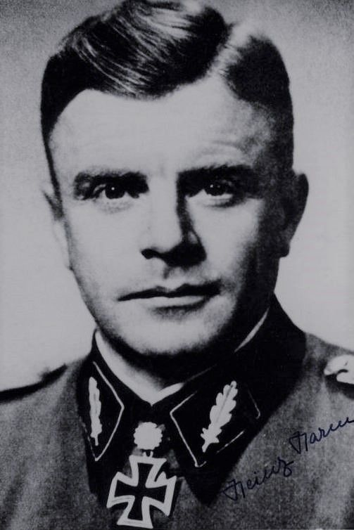"""SS-Standartenführer Heinz Harmel (1906-2000), Kommandeur SS-Panzergrenadier Regiment 3 """"Deutschland"""", Ritterkreuz 31.03.1943, Eichenlaub (296) 07.09.1943, Schwerter (116) 15.12.1944"""