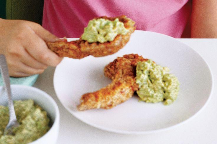 Crunchy lamb cutlets with creamy avocado dip