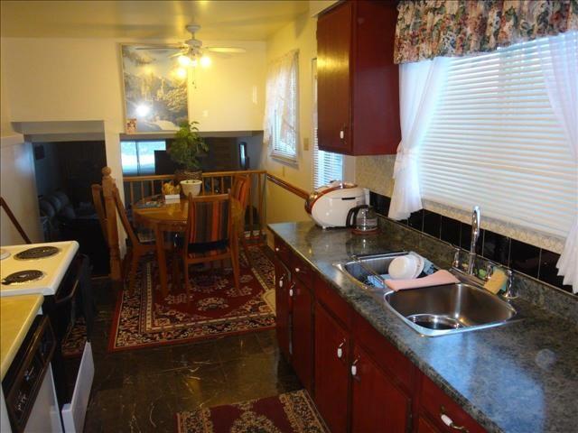 4 Bedrooms + Den, 3 Full Bathrooms, ranch-style 4-level Backsplit with Garage in Pond Mills!  #ldnont #realestate #realtor #home #forsale