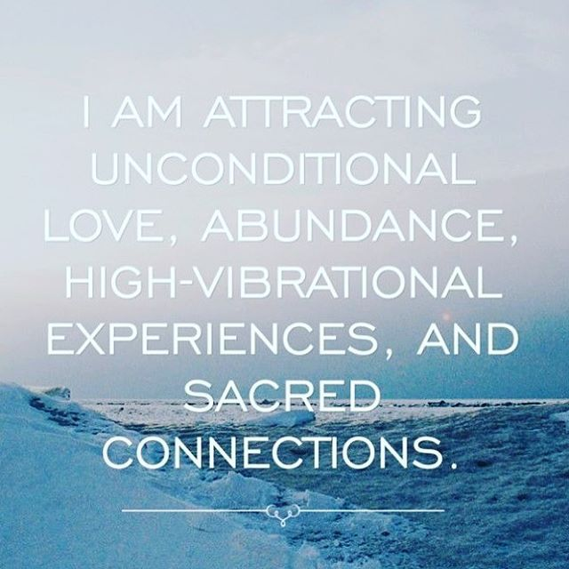 AFFIRMATION OF THE DAY • repeat 3x • law of attraction • its proven that when we say high vibe affirmations - our neurological pattern changes and we attract what we believe. JOIN us at our retreat in November where we will discuss more about affirmations and attracting a life you love | registration closes on September 9 | LINK IN PROFILE ✨ | only a few places left |