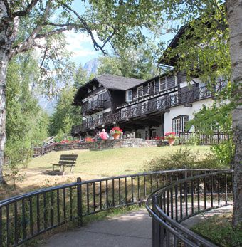 Beautiful Lake McDonald Lodge in Glacier National Park