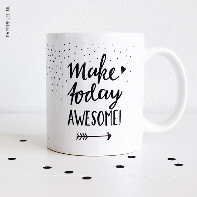 Paperfuel handlettering mug Make today awesome
