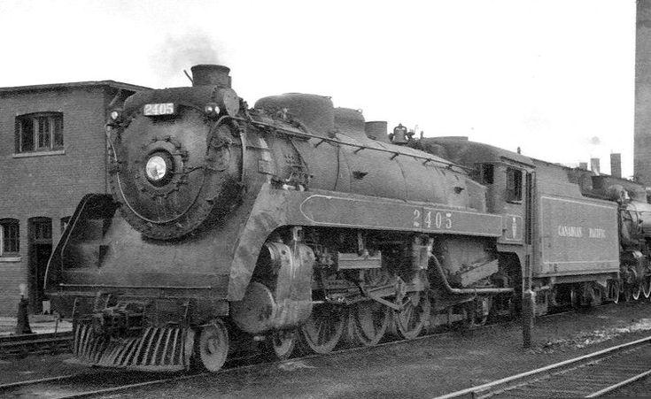 Richard Leonard's Random Steam Photo Collection -- Canadian Pacific 4-6-2 2405