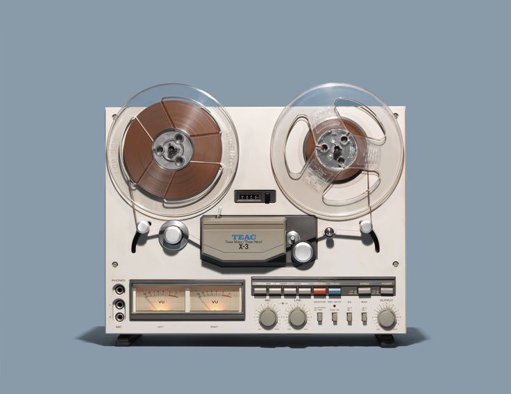 Charming Photos of Iconic Tech Relics, From Brick Phones to Zip Drives | Reel-to-reel (aka open-reel). Mfg: RCA, 1949.   Jim Golden  | WIRED.com