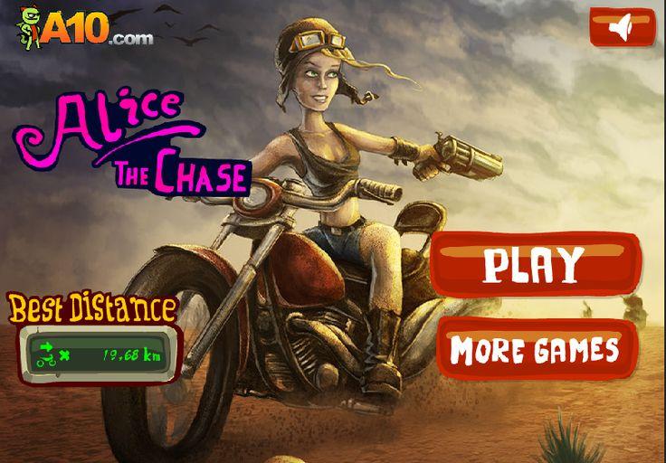 Alice The ChaseAlice kıyamet sonrası dünyada kötü insanlardan kaçmaya çabalıyor. Tabi senin yardımınla. Mouse ile tıkla ve tuşa basılı tutarak hareket ettir. Boşluk tuşu ile arkandan gelenlere ateş at. Gidebildiğin kadar ileri git. Gazoz kapaklarını elde et ve yeni silahlar, yeni motorlar al.