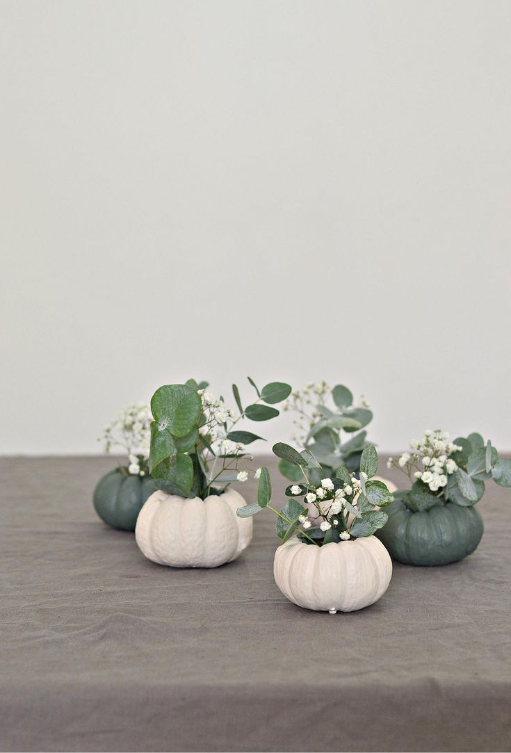 mini pumpkin table decorations