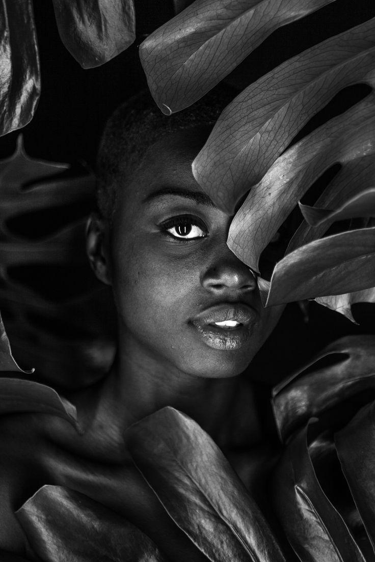 Photography, blackandwhite, leaves, jungle, beautifulgirl, girl, dark, magalicancel, montreal, photshoot,