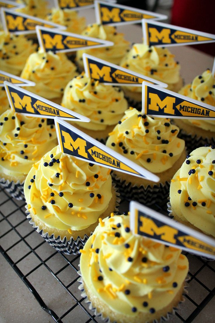 University of Michigan cupcakes