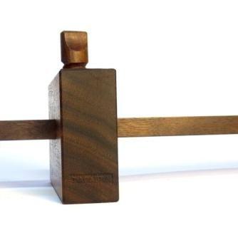 ∼ Gramil Nº1 ∼ Pequeño gramil realizado en maderas de nogal americano de corte radial, con tornillo de fresno y cuña de arce. Cuchilla de acero laminado. ∼ Gramil Nº2∼ Pequeño gramil realiza...