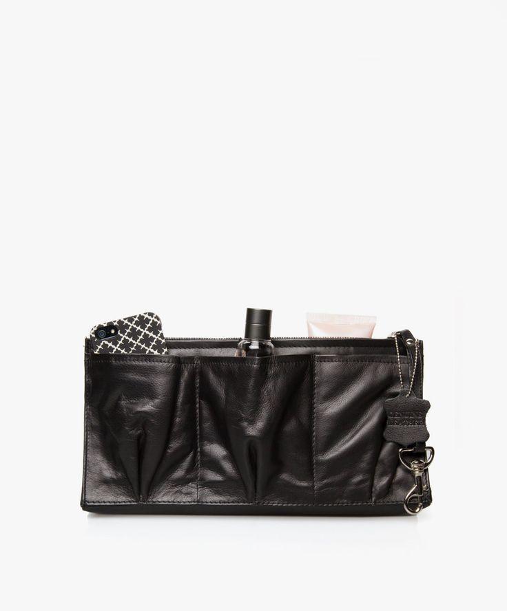 BiB staat voor Bag-in-Bag; dé manier om je tasinhoud in één handbeweging om te pakken naar een andere kleur tas, passend bij je outfit.