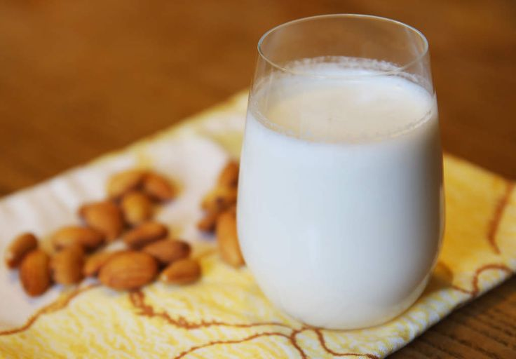 Making your own almond milk at home is easy. Just follow this simple DIY guide.
