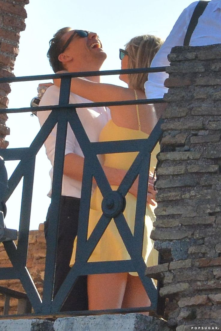 taylor swift and Tom in Rome   Taylor Swift With her boyfriend Tom Hiddleston In Rome - Celebzz ...