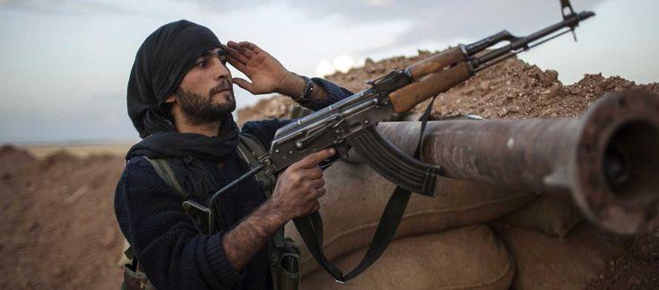 Eξωπραγματικό: Ο Σύρος ισλαμιστής είχε δηλώσει στην υπηρεσία ασύλου ότι είναι μαχητής του ISIS και της Αλ Νούσρα!