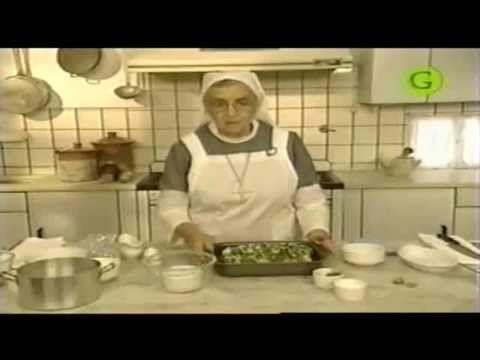 1 /2- Carne marinada con bombas de papa -    Hermana Bernarda - https://www.youtube.com/watch?v=EagKLVqyU34&nohtml5=False