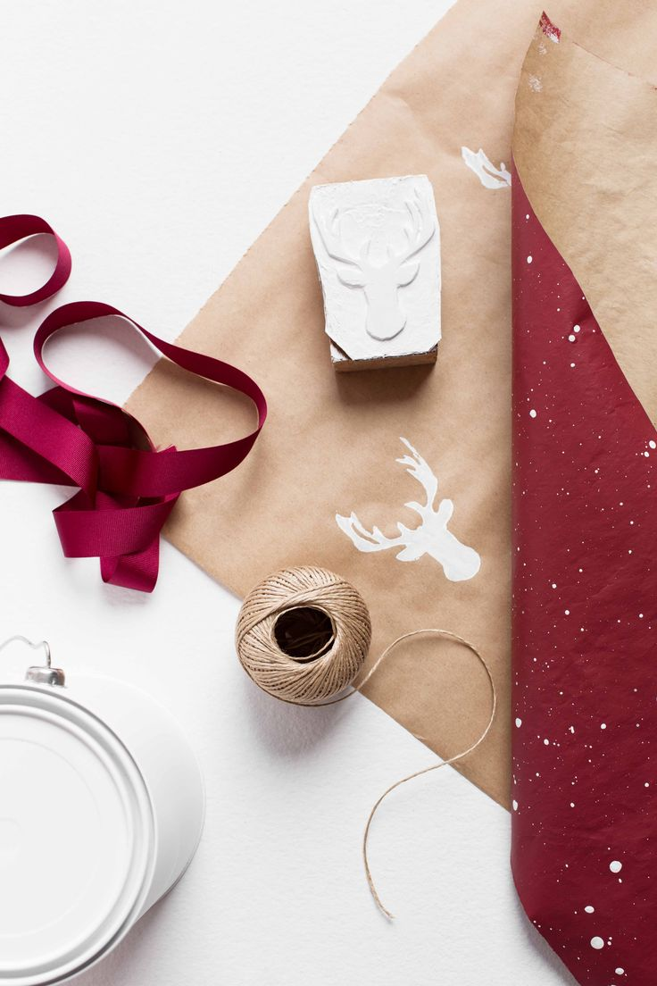 Choose a twist on the traditional Christmas colours when wrapping your presents! Photography by Martina Gemmola and styling by Ruth Welsby.