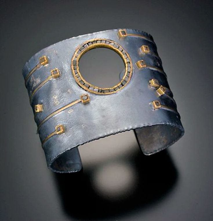Cuff | Todd Reed.  Oxidized sterling silver, raw diamond cubes, 18k gold