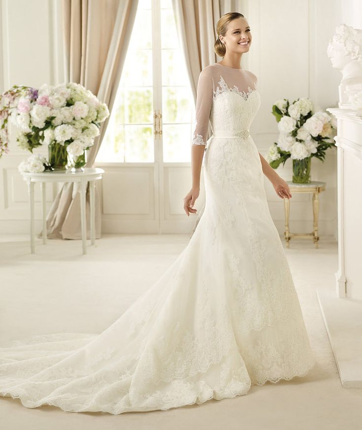 Popular Pronovias Danker Wedding Dress off retail