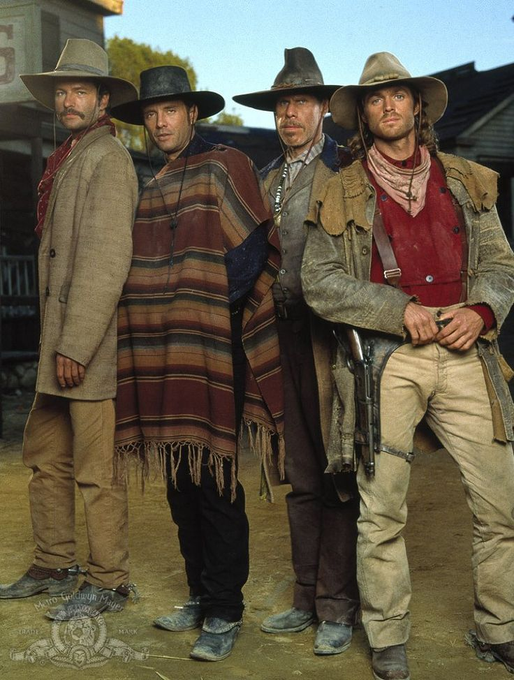 Michael Biehn, Ron Perlman, Dale Midkiff, and Eric Close in The Magnificent Seven (1998)