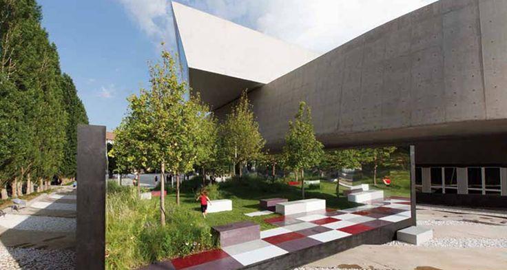 Al #MAXXI Torna anche quest'anno YAP – Young Architects Program, il programma di promozione e sostegno alla giovane architettura.