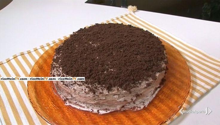 La ricetta della torta cubana, proposta da Tessa Gelisio nella puntata odierna (7 aprile 2017) di Cotto e mangiato.