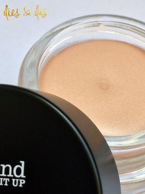 ... trend IT UP Expert Finish Powder & Expert Eye Base - Review | dies & das