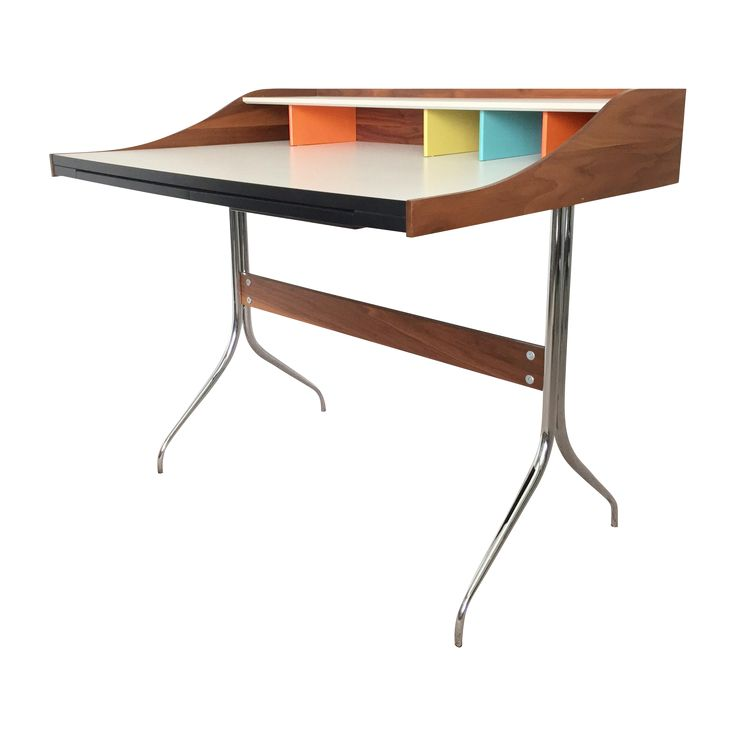 Give your office little swagger w/ this Herman Miller / George Nelson Swag #desk spotted on @Chairishco. More of our favorite finds: https://www.chairish.com/shop/designmilk/favorite/list?utm_source=design-milk.com-homegirls&utm_medium=bloggers&utm_campaign=jaimehg #foundandchairished