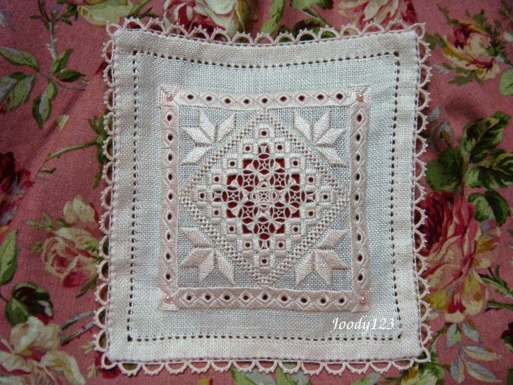 Whitework Embroidery: 已完成半成品