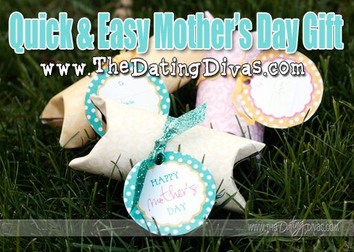Great idea for Mother's Day!  Sooo easy!!! www.TheDatingDivas.com #mothersday #gift #DIY