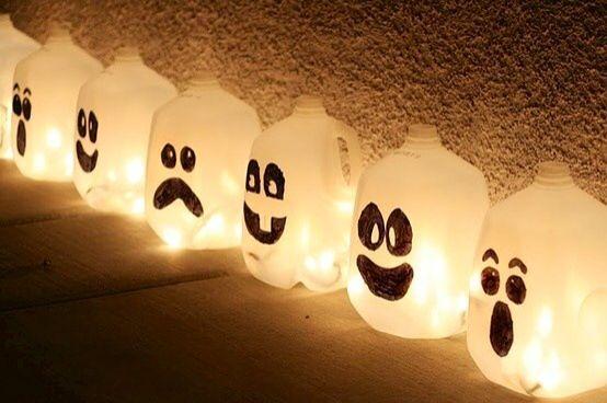 #TuFiestaTip -Aprender a reciclar, para decorar en halloween  también hay opciones, galones de leche, luz y creatividad!