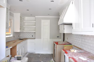 Paint Colors Benjamin Moore Shoreline And Simply White
