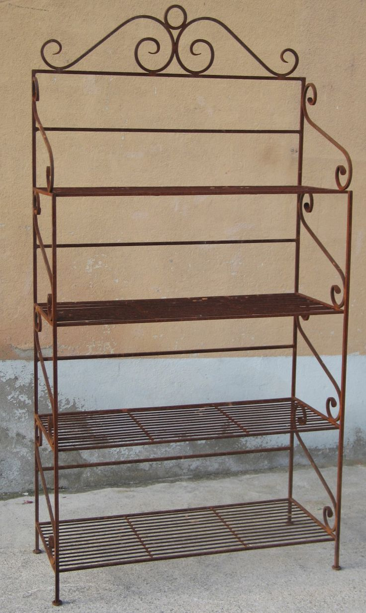 8 best images about stuff to buy on pinterest industrial for Etagere plantes terrasse