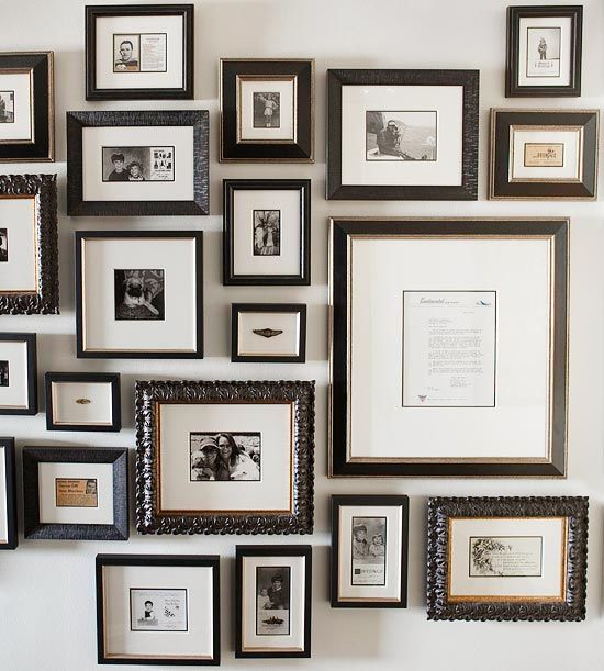 Wall of Memories: Memories Wall, Black Frames, Family Photos, Galleries Wall, Photo Wall, Frames Collage, Picture Frames, Pictures Frames, Display Photo