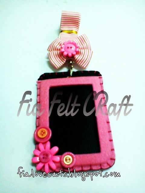 id card holder by Fia felt Craft