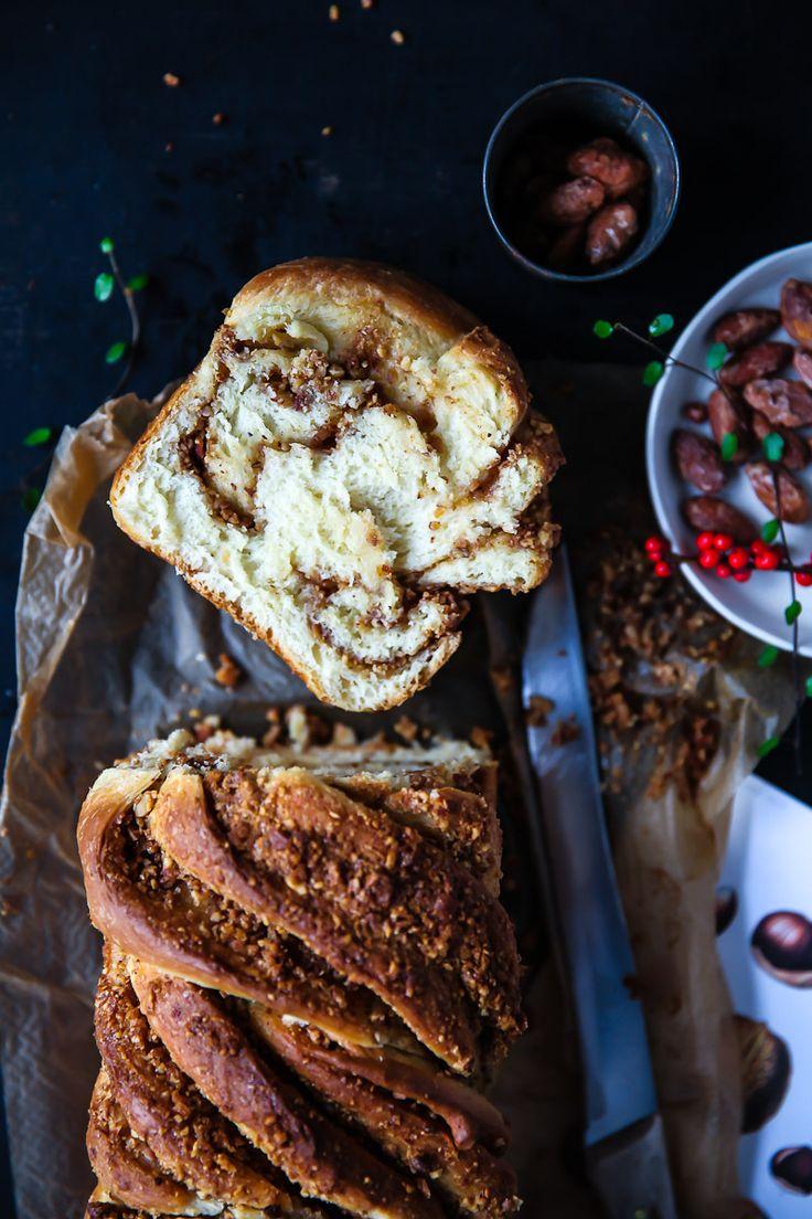 Zimt Hefezopf mit gebrannter Mandel Füllung twisted cinnamon bread Hefeteig Rezept zuckerzimtundliebe Weihnachtsbäckerei Backen im Advent Foodblog Backblog