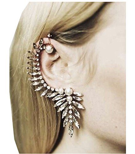 Gorgeous crystal ear cuff! ⭐️ Shop here: http://amzn.to/2lj9uVW ⭐️