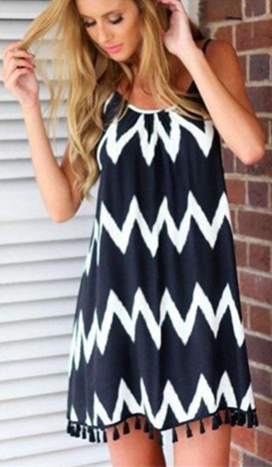 Bold Chevron Print Backless Shift Dress