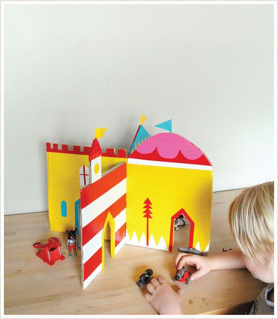MerMagInterlockingCastle8 by mer mag, via Flickr: Diy Ideas, Castles Diy, Cardboard Castles, Dolls Houses, More Mag, Plays Castles, Interlocking Castles, Kids, Crafts