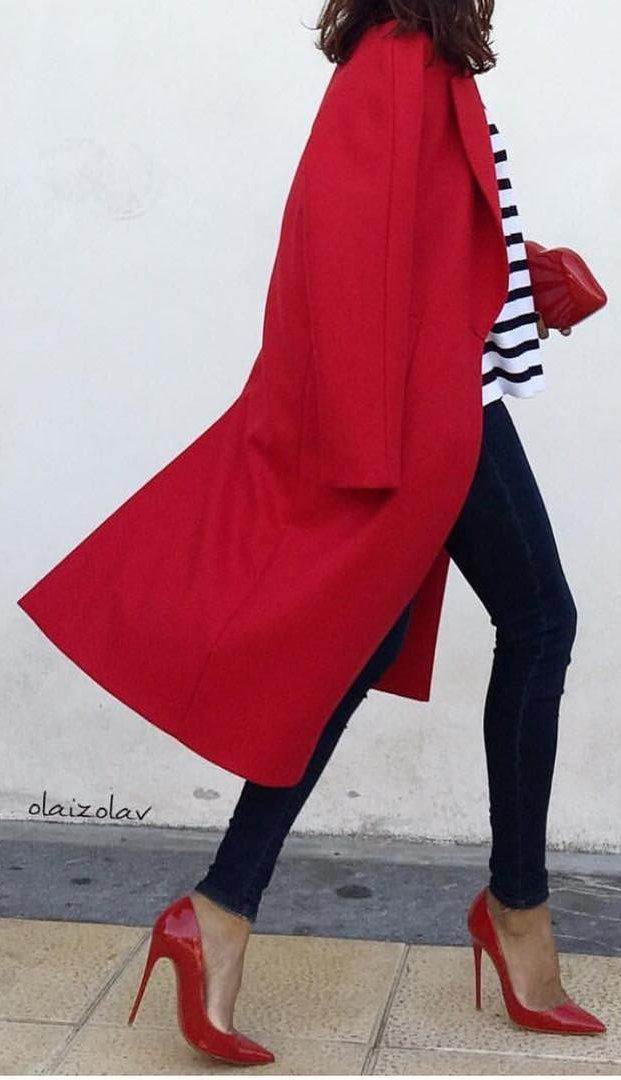 Red Coat + Striped Top + Black Skinny Jeans + Red Pumps