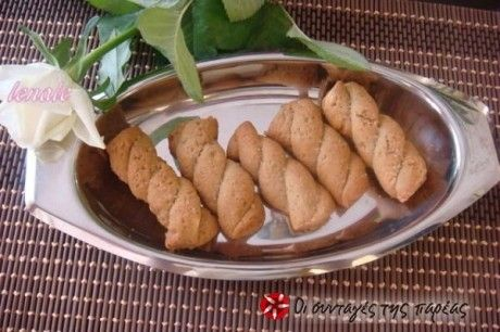 A recipe for koulourakia (cookies) that is easy and very tasty.
