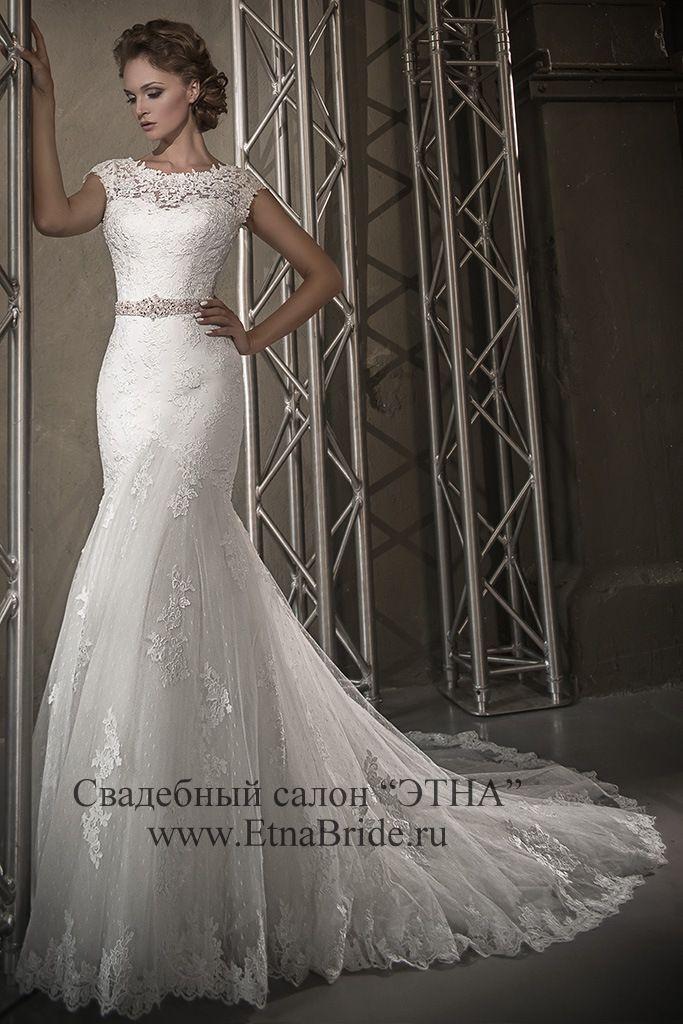 закрытые кружевные свадебные платья